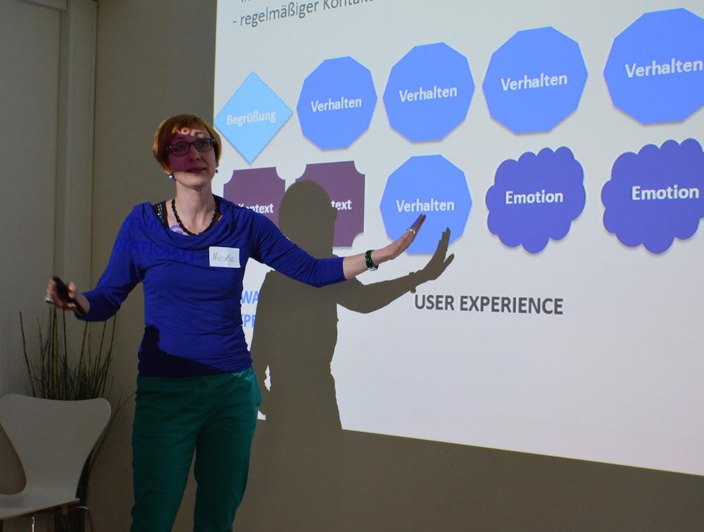 #UXBN01 Nicole Reinhold beim Vortrag